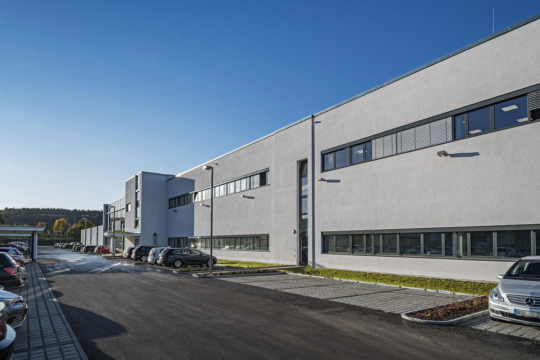 Julius Zorn GmbH, erweiterte Produktionsfläche neu verglast